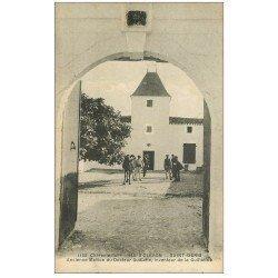 carte postale ancienne 17 ILE D'OLERON. Saint-Denis. Maison de Guillotin 1923