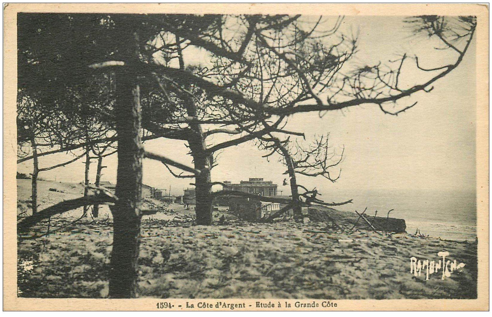 carte postale ancienne 17 LA GRANDE COTE. Etude 1938