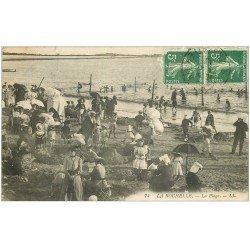 carte postale ancienne 17 LA ROCHELLE. L a Plage et jeux de sable 1910