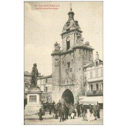 carte postale ancienne 17 LA ROCHELLE. La Grosse Horloge 1907. Café Moderne