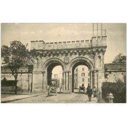 carte postale ancienne 17 LA ROCHELLE. La Porte Saint-Nicolas.
