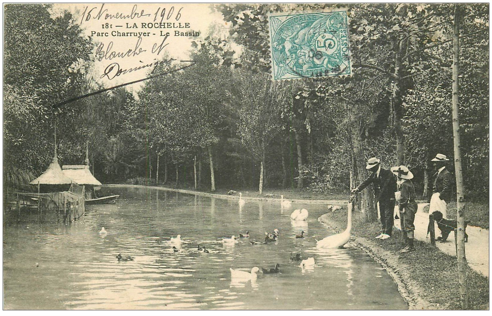 carte postale ancienne 17 LA ROCHELLE. Parc Charruyer le Bassin 1906 Cygnes et Canards
