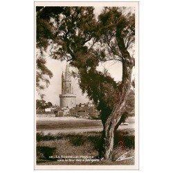carte postale ancienne 17 LA ROCHELLE. Paysage vers la Tour des 4 Sergents. Carte Photo