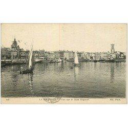carte postale ancienne 17 LA ROCHELLE. Quai Duperré 1916