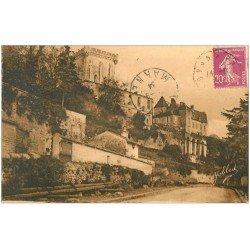 carte postale ancienne 17 PONS. Donjon Avenue de l'ancien Château 1934