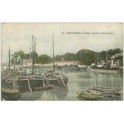 carte postale ancienne 17 ROCHEFORT-SUR-MER. Bateaux de Pêche Bassin du Commerce 1906