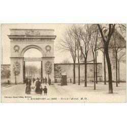 carte postale ancienne 17 ROCHEFORT-SUR-MER. Porte de l'Arsenal vers 1919