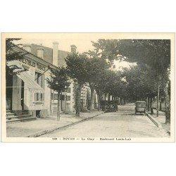 carte postale ancienne 17 ROYAN. Le Chay Boulevard Louis-Lair. Comestibles et Tabacs. Voitures