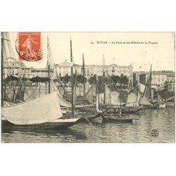 carte postale ancienne 17 ROYAN. Le Port et les Hôtels de la Façade 1912