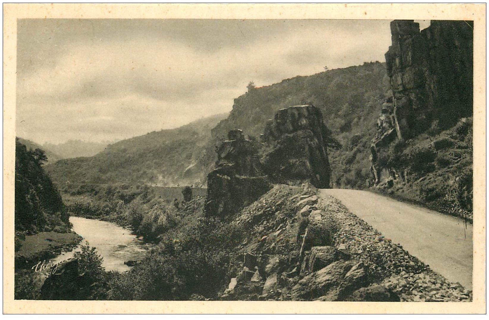 carte postale ancienne 03 CHOUVIGNY. Route et Vallée Gorges de la Sioule vers le Pont Ménat