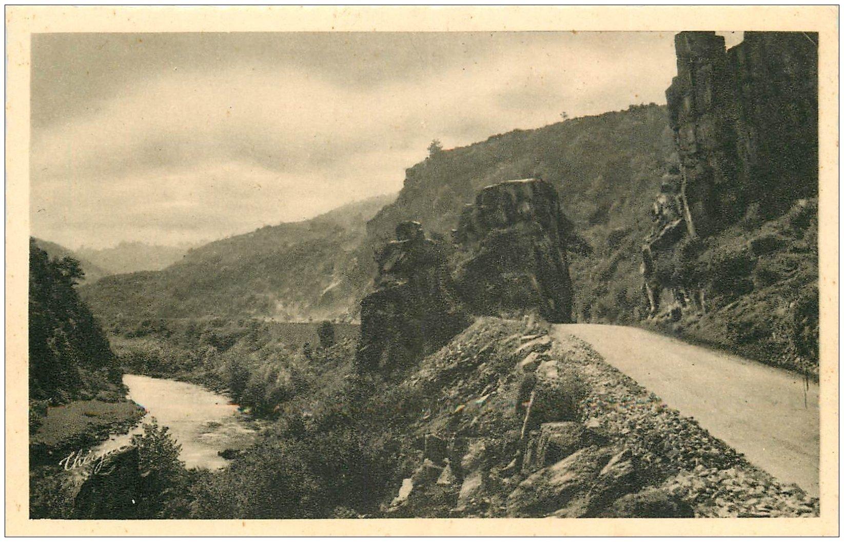 carte postale ancienne 03 CHOUVIGNY. Route et Vallée Gorges de la Sioule vers le Pont Ménat bis...