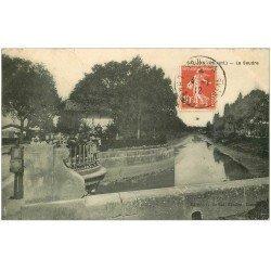 carte postale ancienne 17 SAINTES. La Seudre 1912