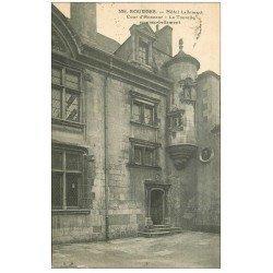 carte postale ancienne 18 BOURGES. Hôtel Lallemant. Cour d'Honneur et Tourelle