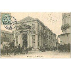 carte postale ancienne 18 BOURGES. Les Beaux-Arts animés 1904. Fiacres Taxis
