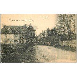 carte postale ancienne 03 COULEUVRE. Entrée du Village