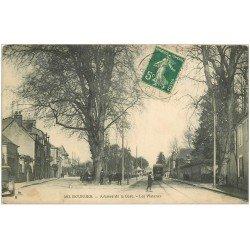 carte postale ancienne 18 BOURGES. Les Platanes Avenue de la Gare animée 1912