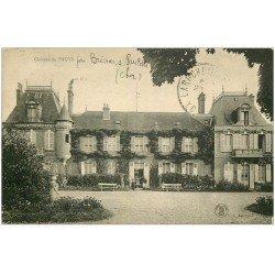 carte postale ancienne 18 Château de l'HUYS 1928 personnages à l'Entrée