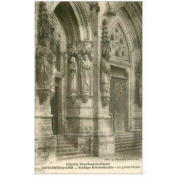 carte postale ancienne 18 CHATEAUNEUF-SUR-CHER. Basilique N.D des Enfants Portail