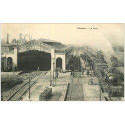 carte postale ancienne 18 VIERZON. Locomotive à Vapeur à la Gare 1924 Trains
