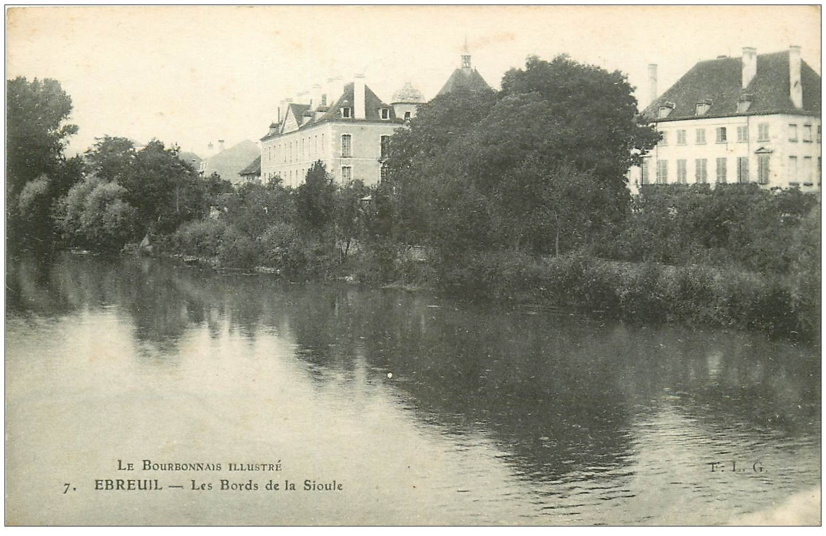 carte postale ancienne 03 EBREUIL. Bords de la Sioule