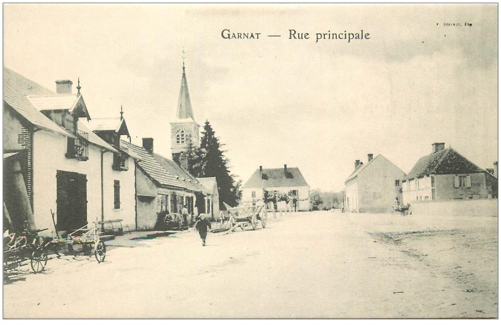 carte postale ancienne 03 GARNAT. Rue principale