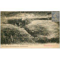 carte postale ancienne 03 GLOZEL. Les Fouilles. Tombe n°1 1929