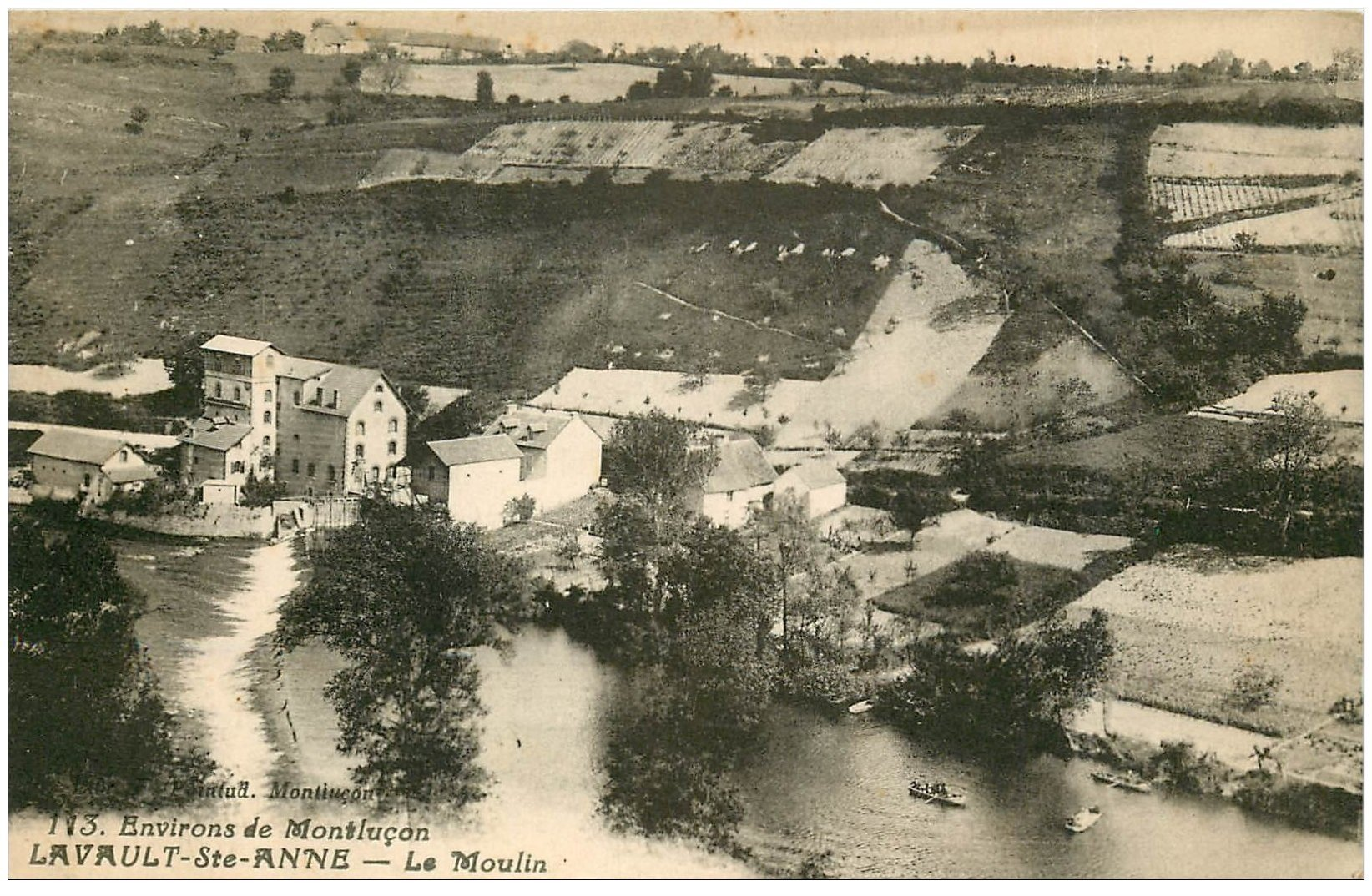 carte postale ancienne 03 LAVAULT-SAINTE-ANNE. Le Moulin