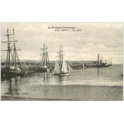 carte postale ancienne 22 BINIC. Islandais à la Jetée